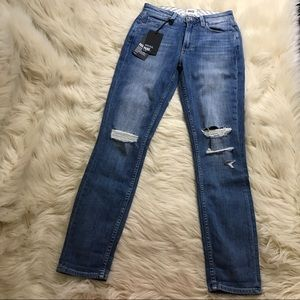 """Paige """"carter slim"""" high rise relaxed skinny jeans"""