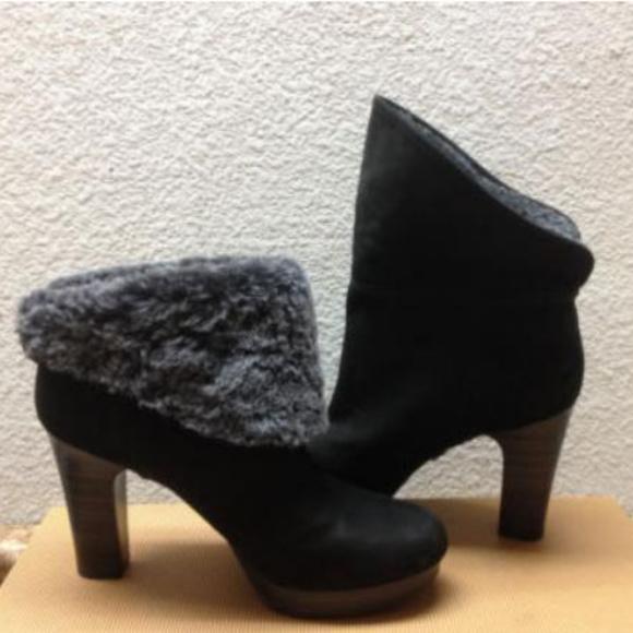 6b49e0af6d9 UGG Dandylion Black Suede Boots