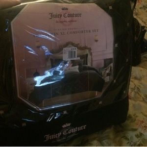 Juicy comforter set!!