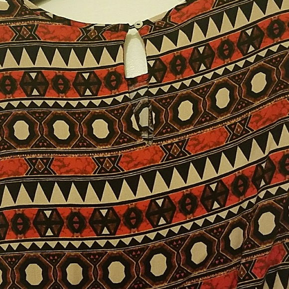 H&M Tops - Lively tribal print H&M blouse