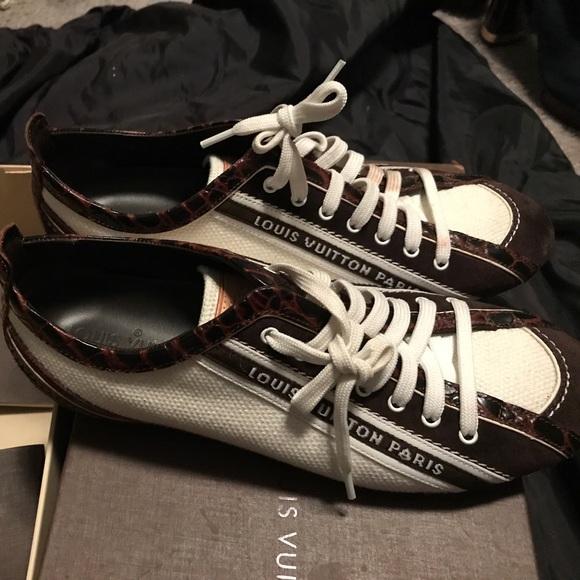 2419766303e4 Louis Vuitton Shoes - Women s Louis Vuitton sneakers worn twice
