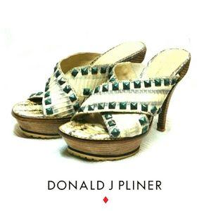Donald J. Pliner Shoes - LISA FOR DONALD J PLINER PLATFORM HEEL SANDALS