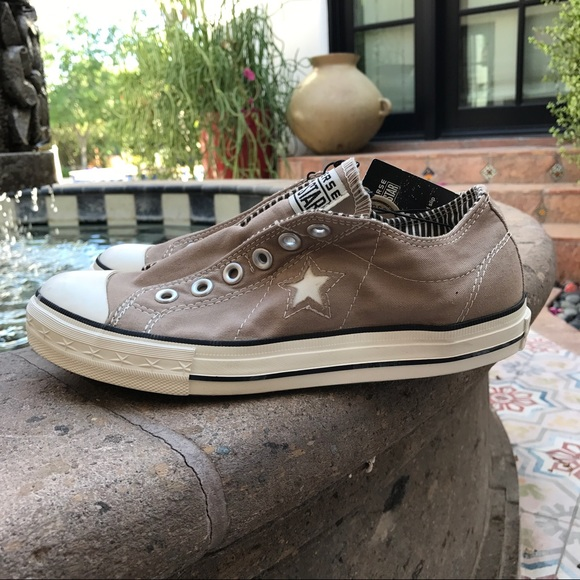 62 converse shoes converse slip on no lace sneakers