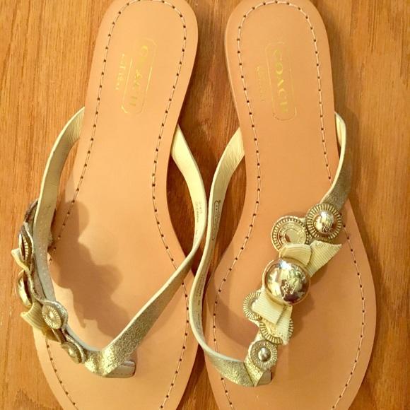 00b2af254ab23 Coach Shoes - 💥COACH FLIP FLOPS SOFT GOLD THIN STRAP