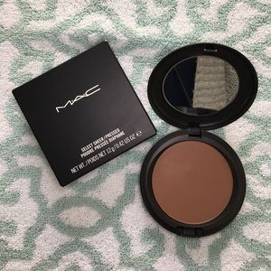 M•A•C Cosmetics NW50 Select Sheer Pressed Powder