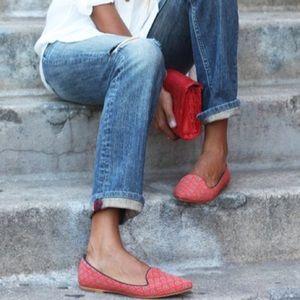 medallion slippers | gap.
