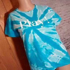 Tops - Cute tye dye turquoise and white t shirt
