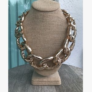 Jewelry - Chunky link necklace