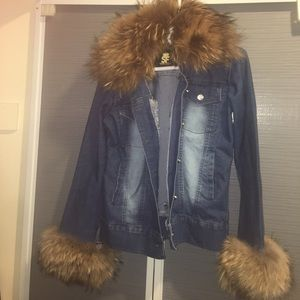 Denim - Jean jacket real fur detail