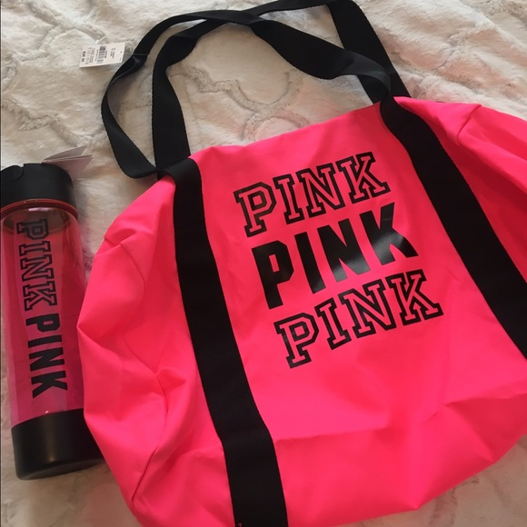 4006dd923461 PINK Victoria's Secret Duffle Bag and Water bottle NWT