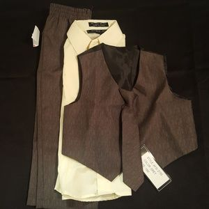Andrew Fezza Other - Toddler pant suit