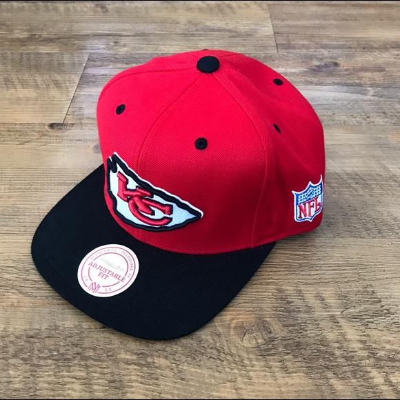 new concept bc2fd 601c5 Mitchell & Ness NFL Snapback Hat -- KC Chiefs