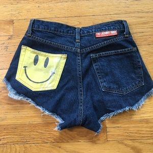 The Laundry Room Pants - The laundry room smiley face jean shorts