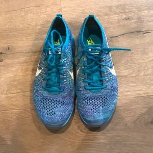 Nike Shoes - Nike Flyknit Zoom Running Shoes