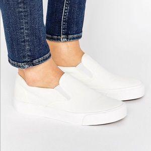 White canvas Slip-Ons