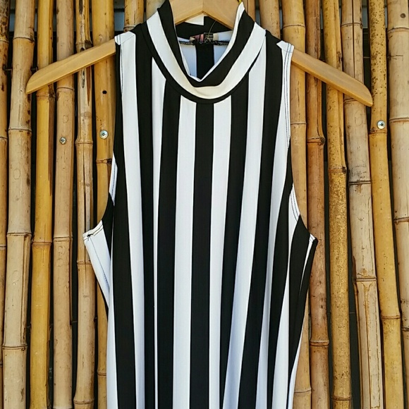 93 off dresses amp skirts black and white vertical