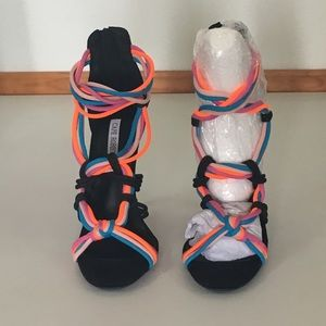 Cape Robbin Shoes - NWT Cape Robbin Colorful Black Heels