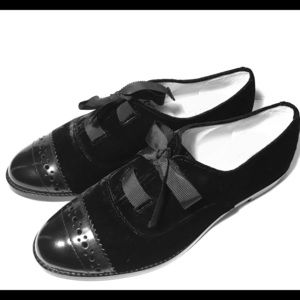Kate spade 7m black loafers