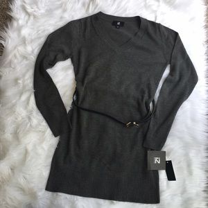 Iz Byer Dresses & Skirts - NWT charcoal belted tunic sweater dress