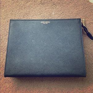 henri bendel Handbags - New Henri Bendel clutch