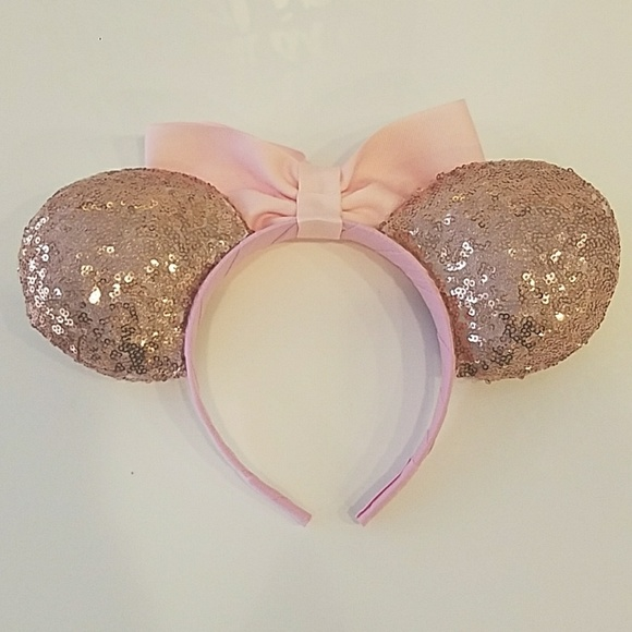 57 off disney accessories sale nwot disney rose gold pink mickey minnie ears from grace 39 s. Black Bedroom Furniture Sets. Home Design Ideas