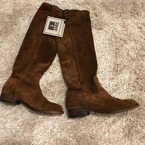Frye NWT Cara Tall Boots
