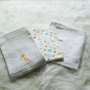 Other - NWOT Set of 4 Burp Cloths