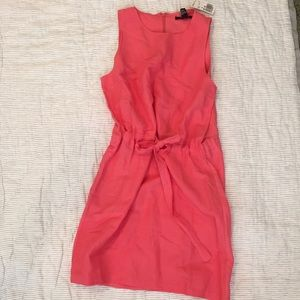 Forever 21 Dresses & Skirts - Forever 21 coral dress, ties at the waist.