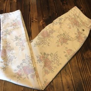 Hot Kiss Denim - Iridescent & Cream Hot Kiss Floral Patterned Jeans