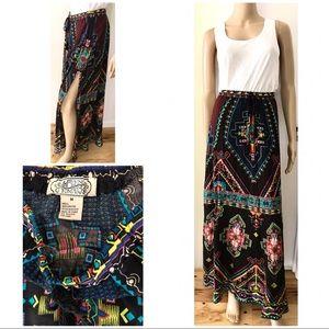 Flying Tomato Dresses & Skirts - EUC Flying Tomato Aztec High Slit Boho Maxi Skirt