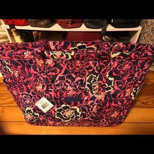 Vera Bradley Handbags - Vera Bradley tote bag