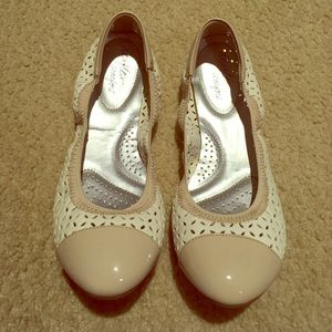 Nude & White Flats