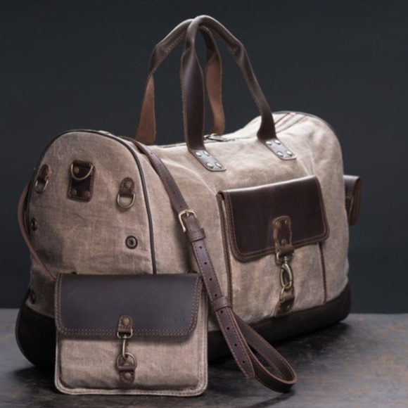 Love 41 Bags   Love41 Weekender Bag Leather And Canvas Beauty   Poshmark db5f4bb127