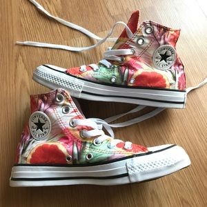 Converse Shoes - Converse all star woman's size 5 men's size 3