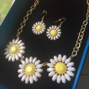 RFM Daisy Flower Jewelry Set