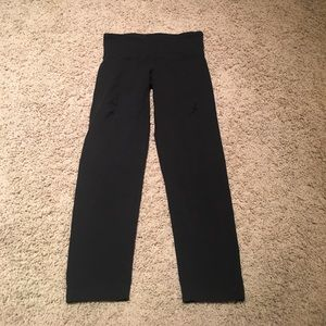 Lululemon Black Cropped Pants