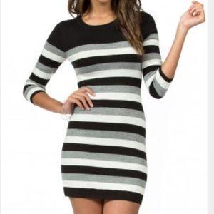 Teeze Me Dresses & Skirts - Teeze Me 3/4 Sleeve Round Neck Striped dress