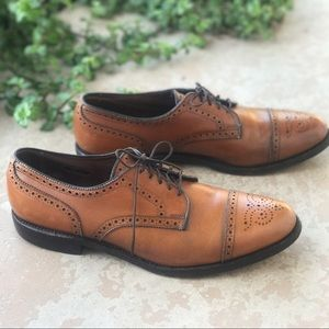 Allen Edmonds Shoes - 👞HP👞 Allen Edmonds Sanford Wingtip Caramel Shoes