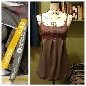 Lole Tops - Lole workout top with built-in shelf bra
