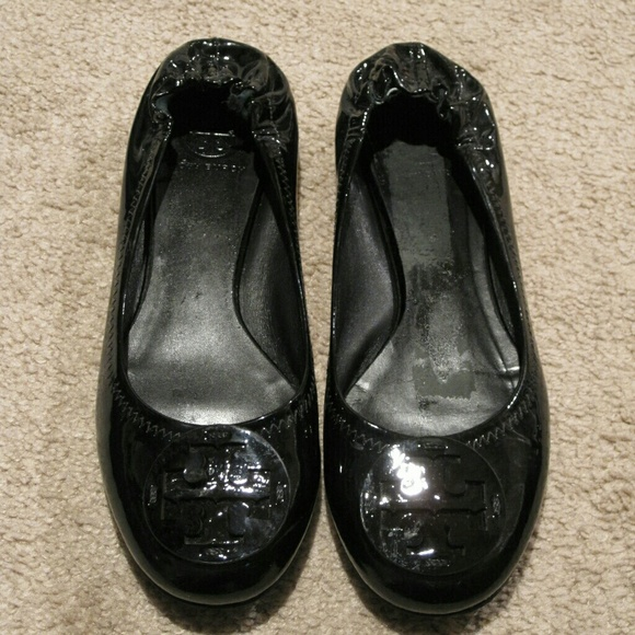 e30dce4615025 Tory Burch Shoes - Tory Burch Reva Black Patent Leather Flats Size 10