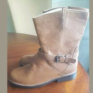 New Authentic Women's Boden Boots Size 41 U.S 9.5