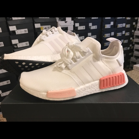 Adidas NMD R1 White Rose women Brand New 59249ac6a