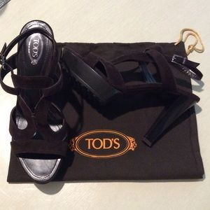 Tod's Shoes - NWOT Authentic Tod's Chocolate Brown Suede Sandals