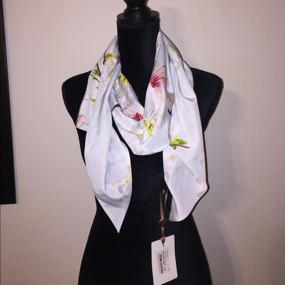 07838b1a29400 Ted Baker London Oriental Blossom skinny scarf NEW