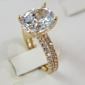 Jewelry - 4ct 9x11 Oval Engagement Ring &Wedding Band