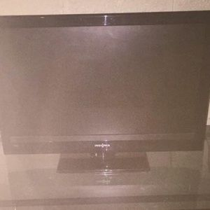 """Insignia by Sigvaris Other - 24"""" Flatscreen LCD Insignia HDTV"""
