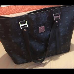 MCM Handbags - Auth MCM bag