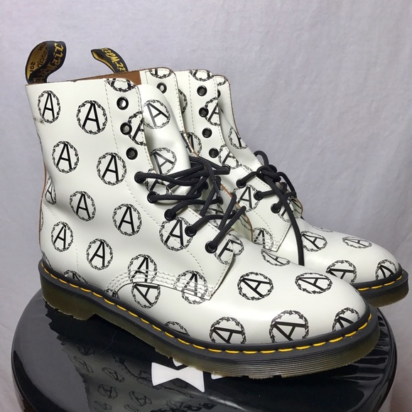 Supreme Shoes - Supreme Undercover Dr. Martens 8 Eye Anarchy Boots