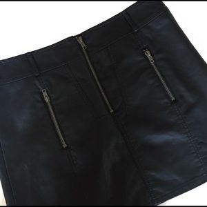 Allen B. By Allen Schwartz Dresses & Skirts - NWT black zipper mini