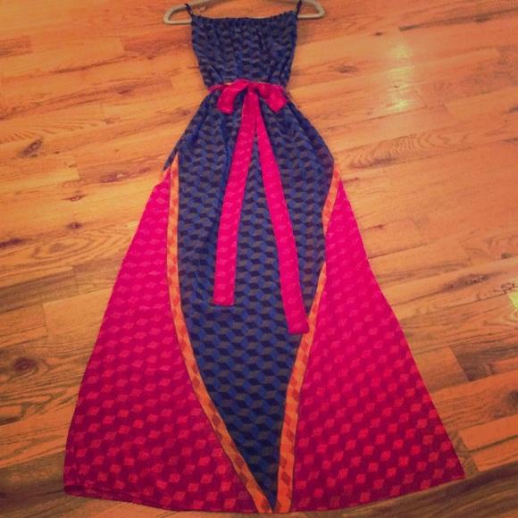 Analili Dresses & Skirts - ANALILI Strapless lined Maxi Dress with belt Sz XS